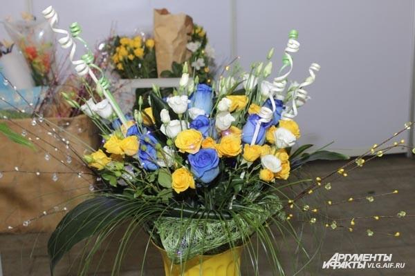Флористы соревновались в искусстве составления букетов