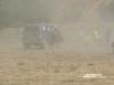 Пыль столбом. Гонщики раскатали трассу.