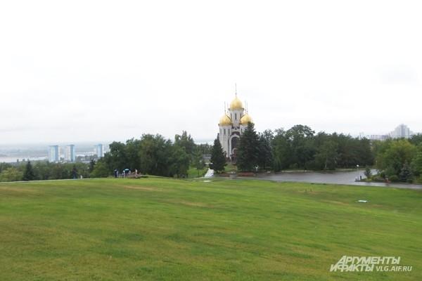 Церковь Всех Святых на Мамаевом кругане
