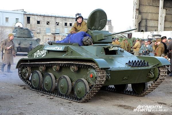 Броня крепка, и танки наши быстры