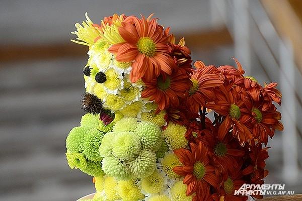 Цветы оказались превосходным материалом для поделок