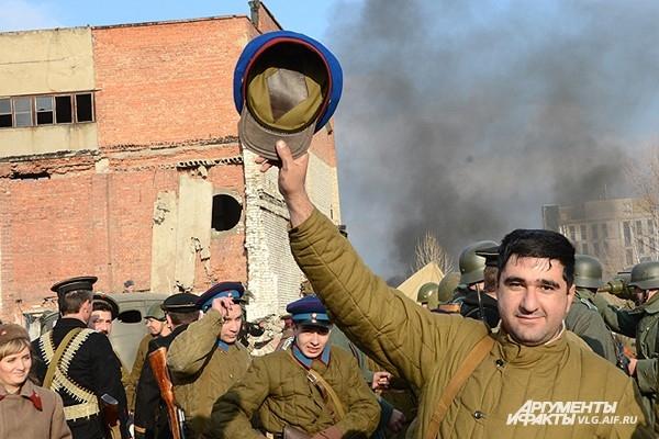 Ворошиловский район наполнили крики радости потомков победителей