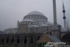 Мечеть под серым небом