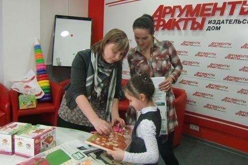 """От компании """"Вундеркинд"""" приз получила Анастасия Пьянкина."""