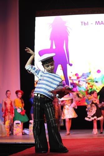 Возрастная категория 7-10 лет: 1 место – Кирилл Мерзляков (образ «Молниеносный морячок»).