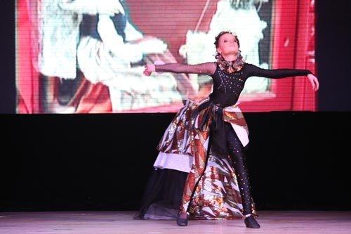 Возрастная категория 10-12 лет: 3 место поделили Юля Рассохина (образ «Мику Хацунэ») и Мария Маркова (образ «Венецианская марионетка»).