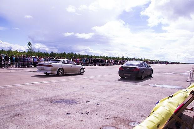 Кстати, чтобы автомобиль ехал всего на 1 секунду быстрее, требуется доработка и 300 тысяч рублей.