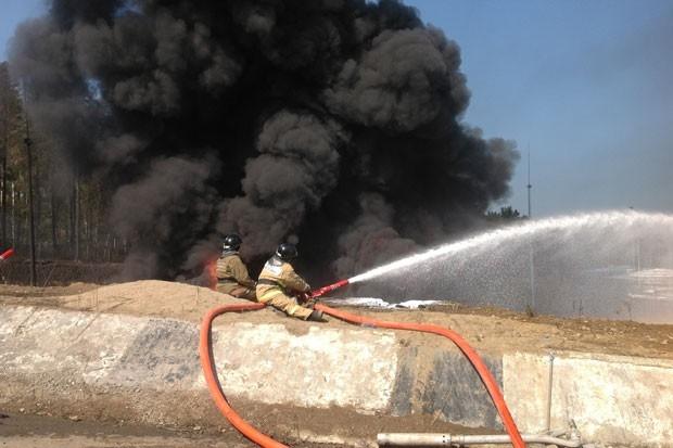 Пожарные боролись с огнем больше суток. Днем 22 августа возгорание было ликвидировано.