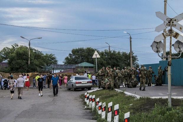 Для помощи МЧС мобилизованы военные силы региона.