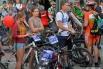 Велосипеду покорны все возрасты. На старт выходят целыми семьями.