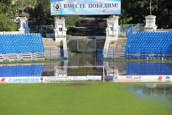 Это единственный в городе стадион, сертифицированный Российским футбольным союзом для проведения чемпионатов России. На нем тренируется футбольный клуб СКА-Энергия.