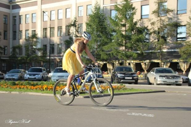 Всего девчонки проехали 3 километра – от Московских ворот до 130-го квартала