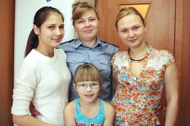 Майор юстиции Светлана Макарова служит в усть-илимской полиции больше 13 лет. Коллеги и руководители отмечают в ней многие профессиональные качества. И прежде всего - ответственность за каждое слово и поступок.