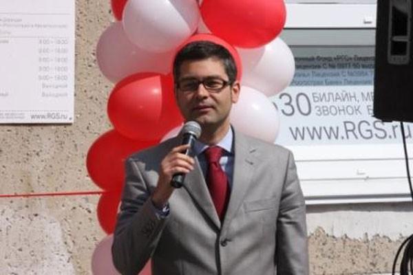 ... а также управляющий региональным офисом банка «ВТБ 24» Алексей ЛАРИН