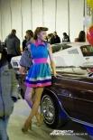 Прекрасная девушка в стиле 60-х