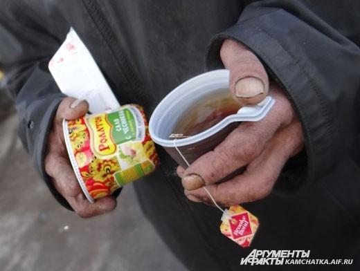 Чай помогает спастись от холода