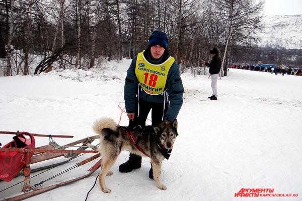 Дмитрий Ревенок и его слепой пёс Лунтик