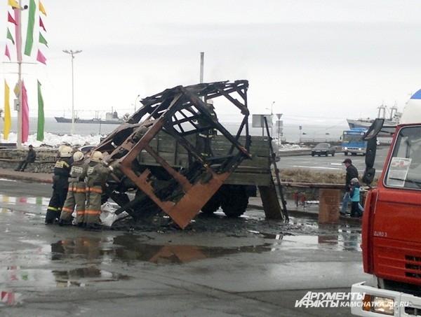 Пожарные убрали за собой