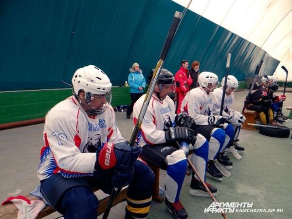 «В хоккей играют настоящие мужчины!»