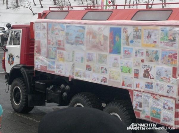 Прямо на борту пожарной машины