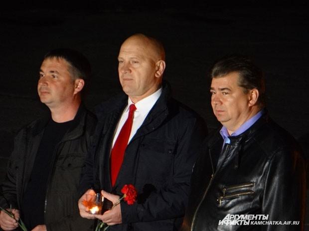 Участие в акции «Свеча памяти» принял мэр Петропавловска и камчатские депутаты
