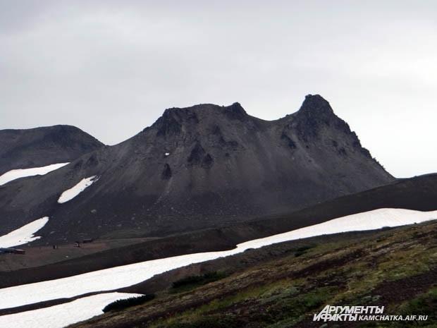 У подножия Авачинского исполина расположена живописная гора Верблюд