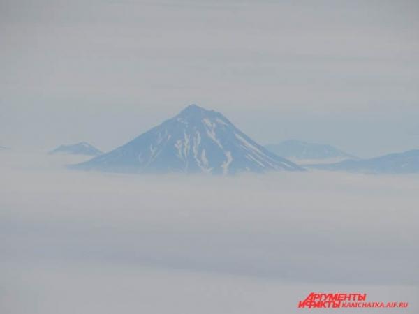 Вулканы тонули в тумане
