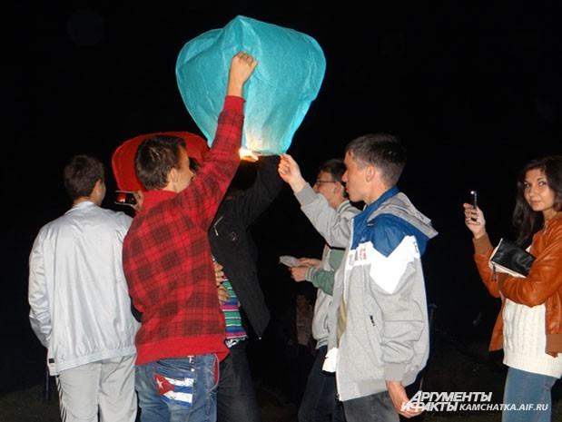 Запустить фонарики получилось практически у всех