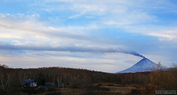 До вулкана — 30 км. Вид на Ключевскую из посёлка Ключи