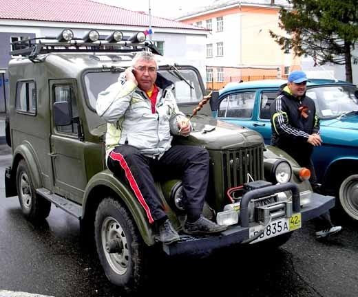 Кемеровские автолюбители в Яе не только народ авторатитетами удивляли но и не забывали подкрепиться