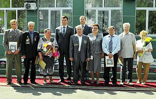 Новые герои кедровской «Долины звезд»  получили памятные дипломы и звания Гордость Кузбасса, Гордость разреза и Легенда разреза