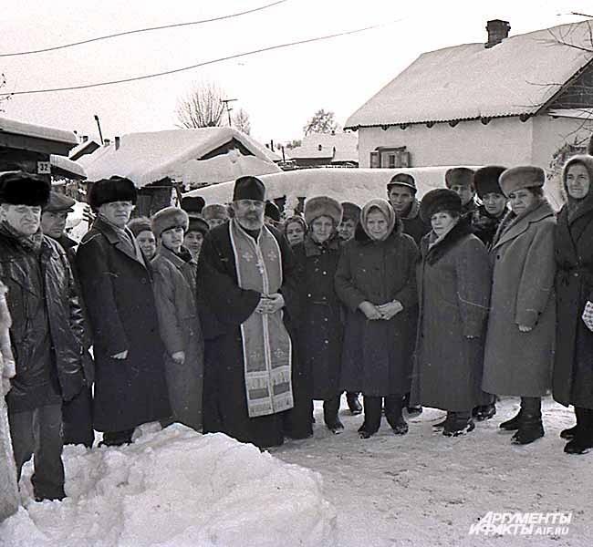 Из архива Прокопьевского рудника. Шахтерские наследники и вдовы. 1990-е годы