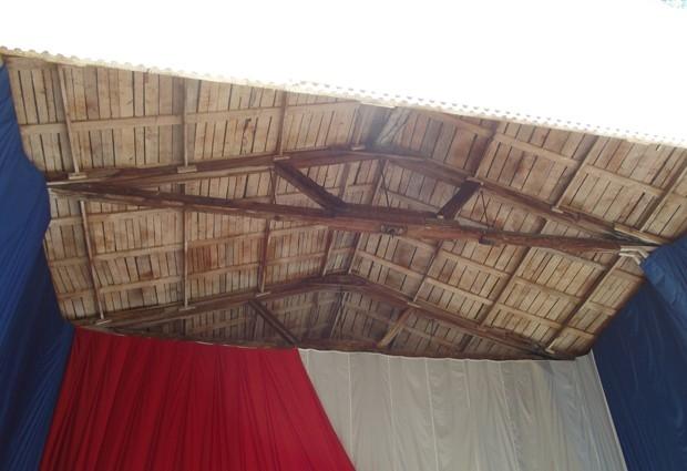 Это крыша помнит легендарные кемеровские коллективы  «Полночь», «Затмение», «Вдребезги».
