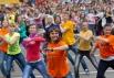 Горожане приняли участие во флеш-мобе «Сибирский хоровод»