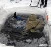 Хотя жертвами тонкого льда люди чаще всего становятся весной, кузбассовцам следует помнить, что в этом году погода нас уже баловала оттепелями, были даже дожди, которые наверняка сделали лёд тоньше