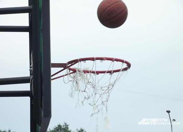 Зрелищность баскетбола, в частности, кроется в его результативности