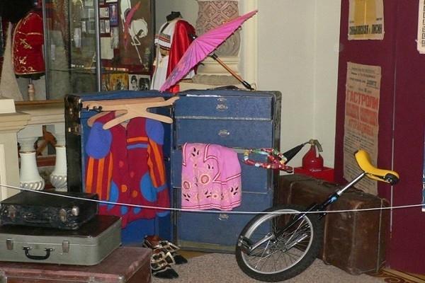 В Краснодаре выставили вещи знаменитых циркачей