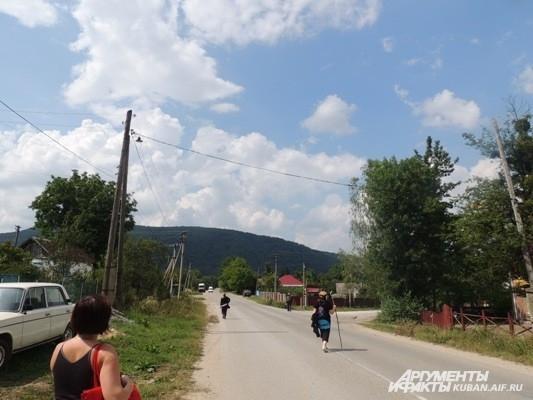 Такой разный отдых: когда люди идут в горы