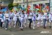 В праздничном шествии принимали участие танцоры