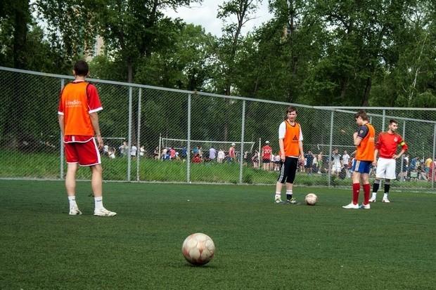 Самым популярным видом спорта у болельщиков остается футбол