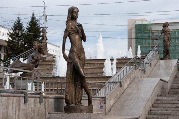 «Реки Сибири» на Театральной площади