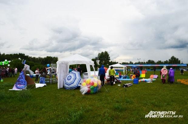 Организаторы разворачивают площадки фестиваля