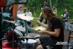 Самая ответственная роль отведена барабанщику, именно он задает ритм всего выступления команды.