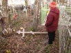 Вандалы разгромили городское кладбище