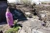 Дом Елены Соргуновой пока не подпадает под снос. Ей сообщили, что часть домов, в том числе и ее, будут снесены спустя какое-то время, после того как будет построен оловозаводской мост и начнется строительство объездной развязки.