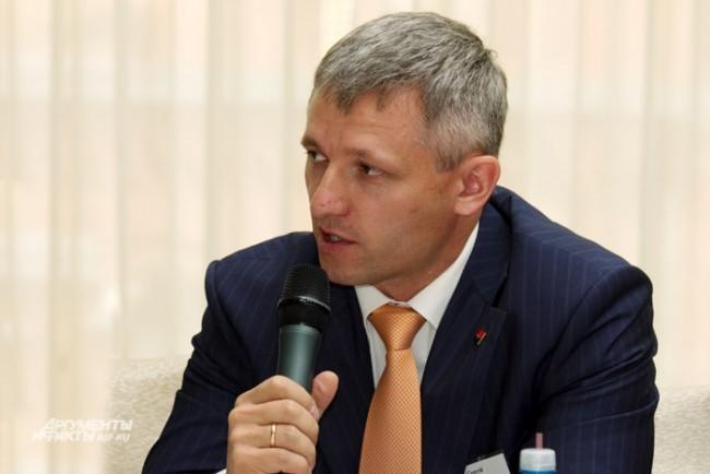 Сергей Васильев замдиректора по рознице ООО АКБ Росбанк