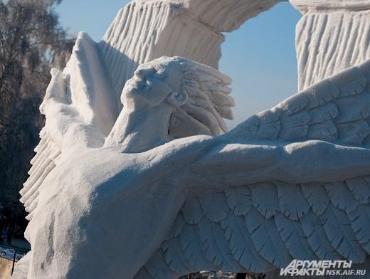 Традиционный фестиваль снежных скульптур состоялся в первой декаде января.