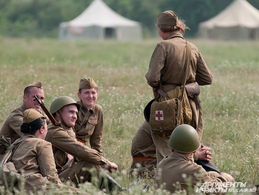 В Колыванском районе состоялся военно-исторический фестиваль «Сибирский огонь». Участники фестиваля продемонстрировали реконструкции разных лет.
