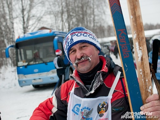 Лыжня России состоялась в середине февраля и собрала порядка 12 тысяч спортсменов на трассе в новосибирском Академгородке.