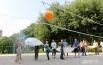 Е. Топоркова: «Я родилась и выросла в Кольцово, и учитель одной из местных школ, Семенов Сергей Юрьевич, придумал чудо-креативную игру «простынбол».